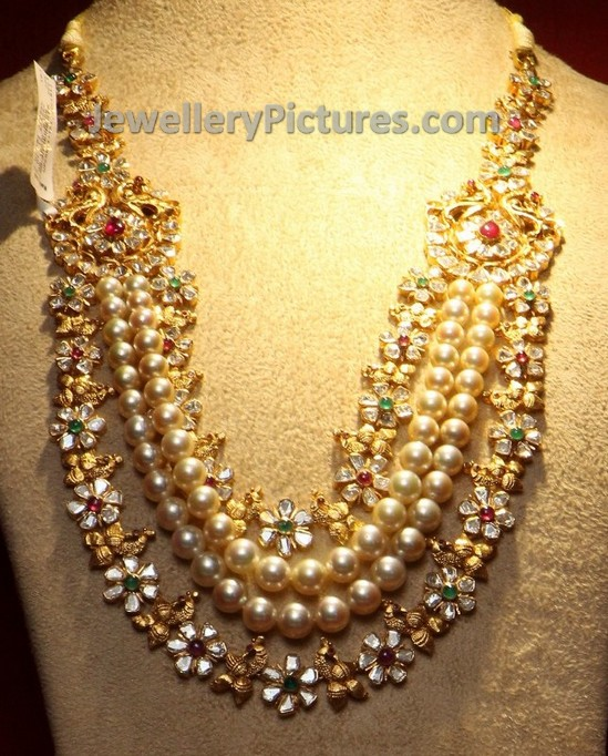 gold and uncut bridal jewellery