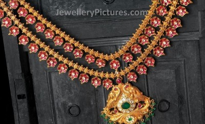 Ruby necklace in floral design