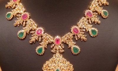 uncut diamond necklace studded with rubies in light weight