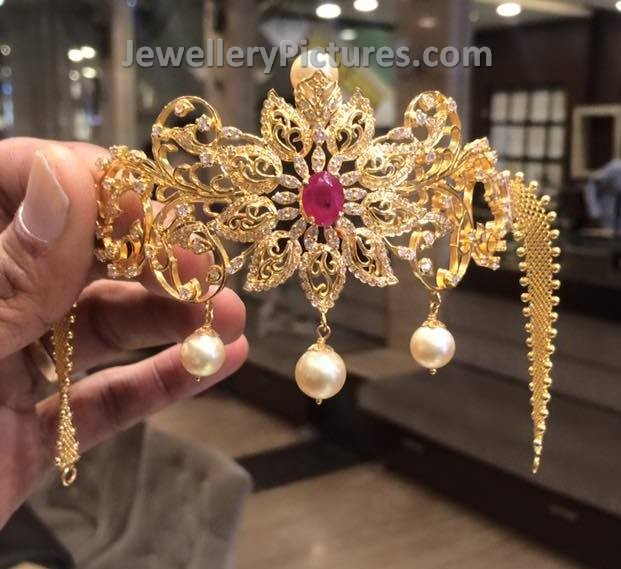 Gold Bajubandh In Blooming Flower Design Jewellery Designs