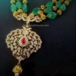 Beads gold chain diamond pendant