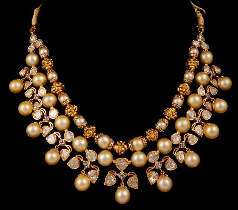 Polki Diamonds Necklace with Southsea Pearls Jewellery Designs