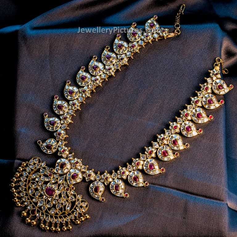 Pearl Jewellery Necklace >> Mango Haram Designs in Gold - Jewellery Designs