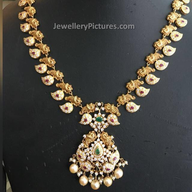 Traditional South Indian Jewellery Jewellery Designs