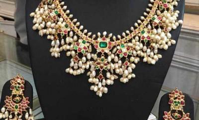 guttapusalu necklace set with earrings