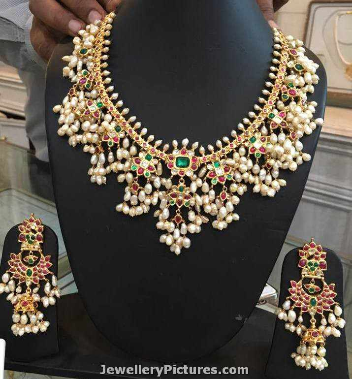 Diamond kasulaperu with pendant - Gutta Pusalu Necklace With Earrings Jewellery Designs