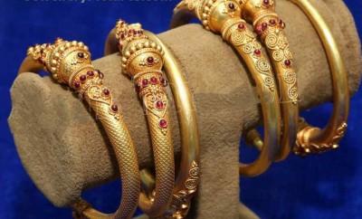 gold kankanalu designs