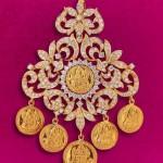 Diamond Studded Kasu Pendant