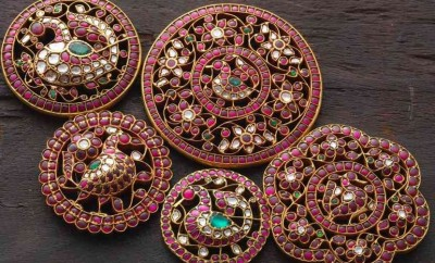 Indian gold jewellery earrings designs