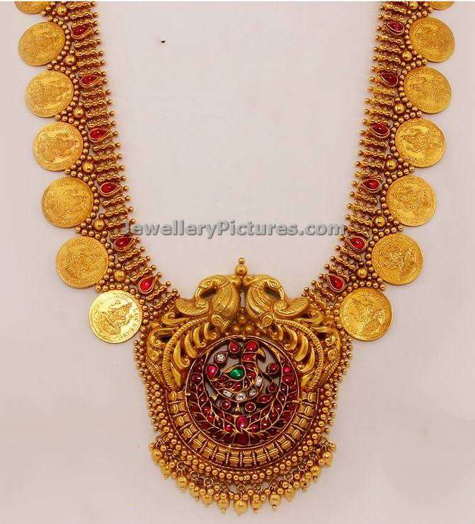 Indian Jewellery Designs in Gold and Diamond