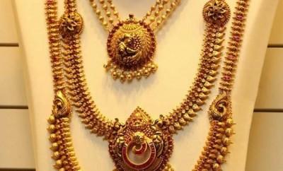 joyalukkas necklace designs and long chain designs