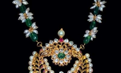 indian pearl jewellery designs catalogue emerald beads mala