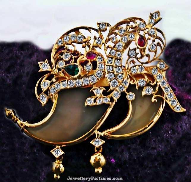 Tiger nail pendant designs jewellery designs tiger nail pendant designs mozeypictures Image collections