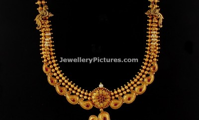 antique-gold-haram-amngo-peacock-designs