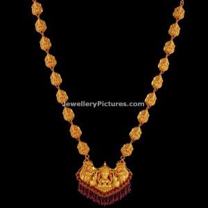 ruby-studded-antique-lakshmi-haram