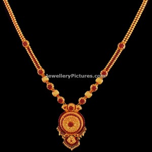 uncut-small-rubies-simple-gold-haram-antique-designs