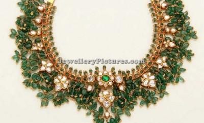 designer emerald guttapusalu set
