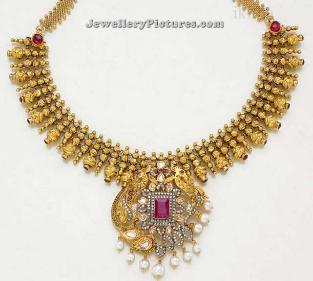South Indian Necklace Designs Gold Jewellery Designs